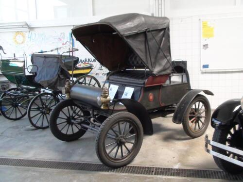 02 Olds-1904